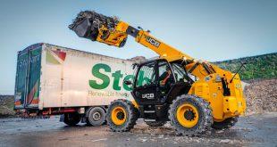 6 tonne JCB Loadalls eat up Hamilton Waste's wood chips