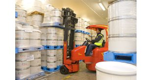 Bowker adds further Flexi articulated forklifts to its fleet