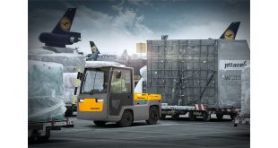 The new EZS 7820 Jungheinrich heavy duty tow tractor