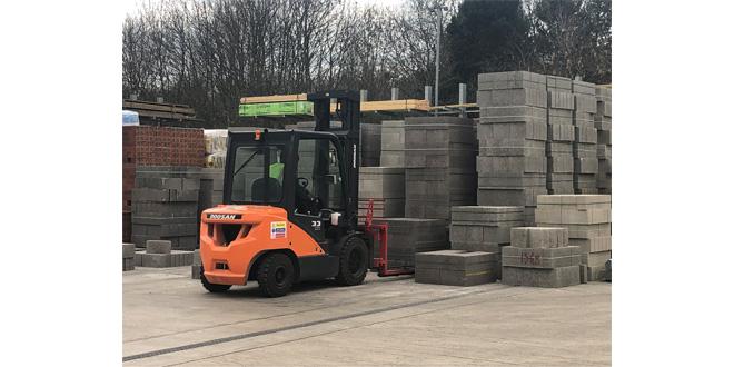 Doosan shows strength at UK Construction Week 2019